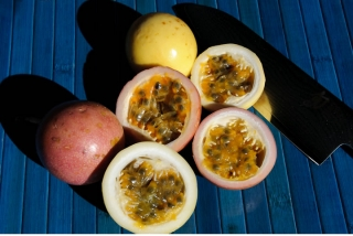 passionfruit-display
